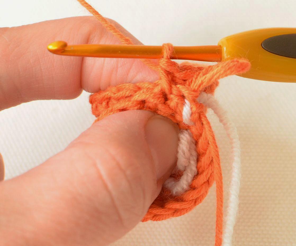 Free pattern pf crocheted heart
