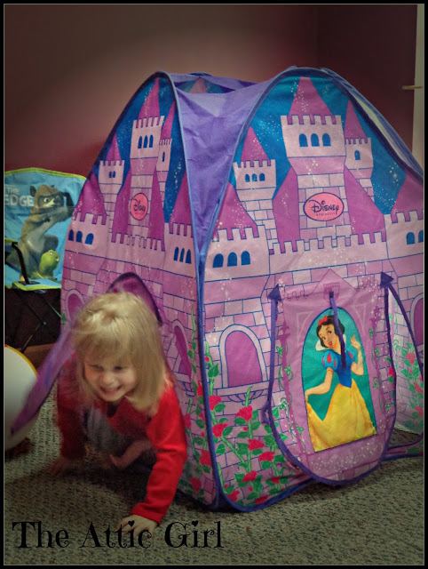 toddlers, Disney princess tent