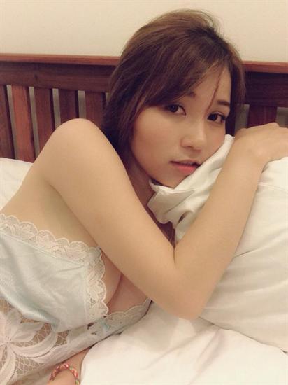 Girl xinh sexy dòng họ dưa hấu 10