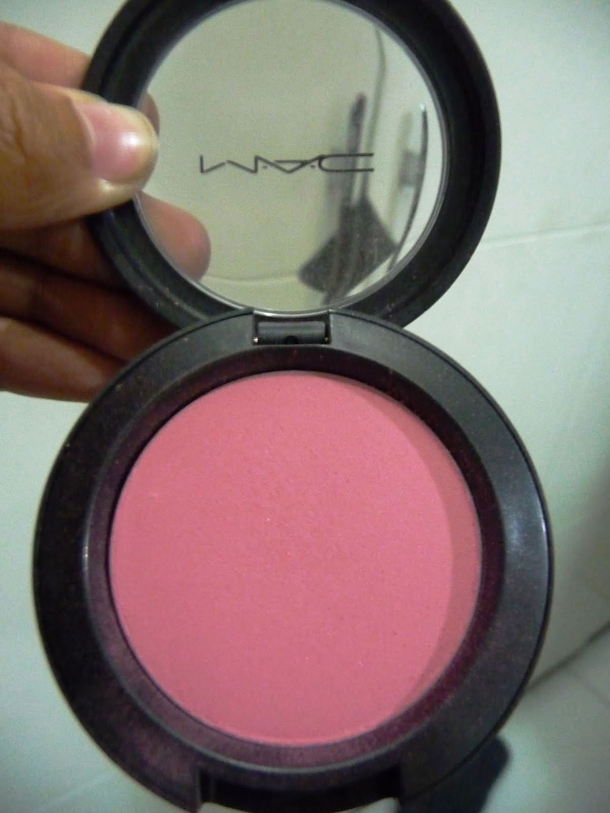blushbaby: MAC Sheertone Blush in Pinch O' Peach