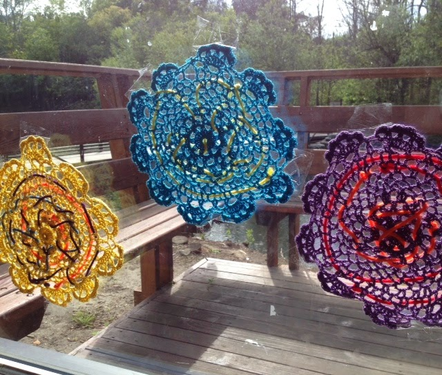 Paper Flower Crafts For Preschoolers When The Child Finishes Lacing Tie Off End To Doily