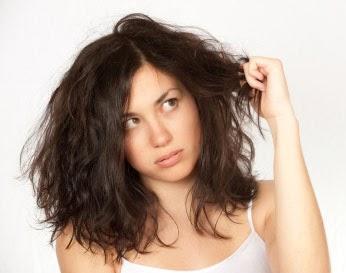 Lievito e olio di ricino per capelli
