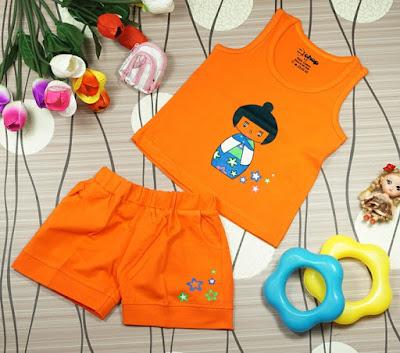 Bộ áo quần in hình cô gái Nhật màu Cam dành cho bé