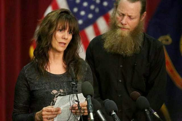 Military News - Freed soldier's parents say they're proud of son