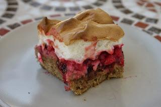 Ribezlovo orechový koláč