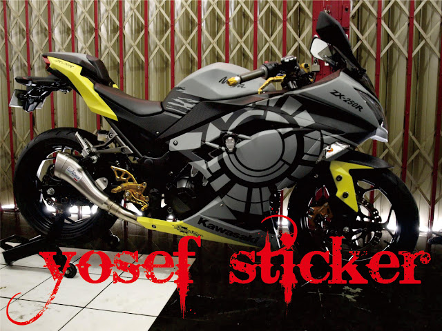 Ninja 250 Putih Cutting Sticker http://yosefcuttingsticker.blogspot.com/2013/03/cutting-sticker-ninja-250-fi-valentino.html