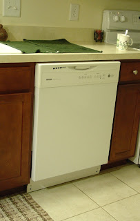 white kenmore dishwasher in Vicky's kitchen