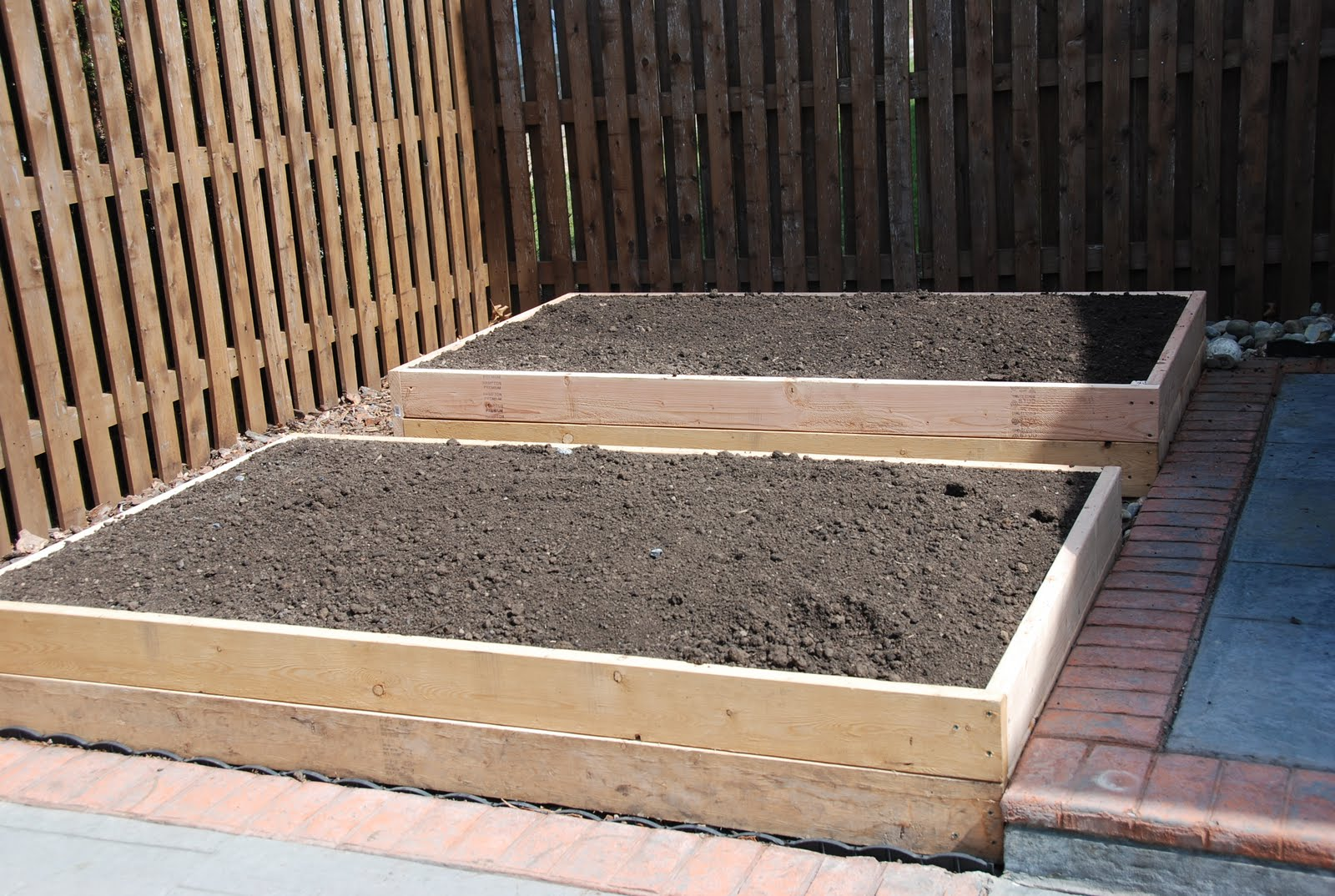 diy raised vegetable garden step by step instructions on