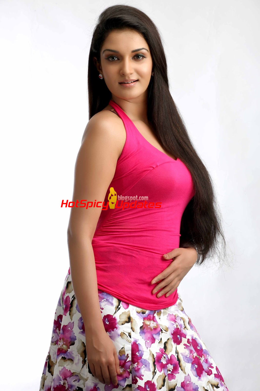 honey rose aka dhwani hot cute photoshoot stills latest high quality