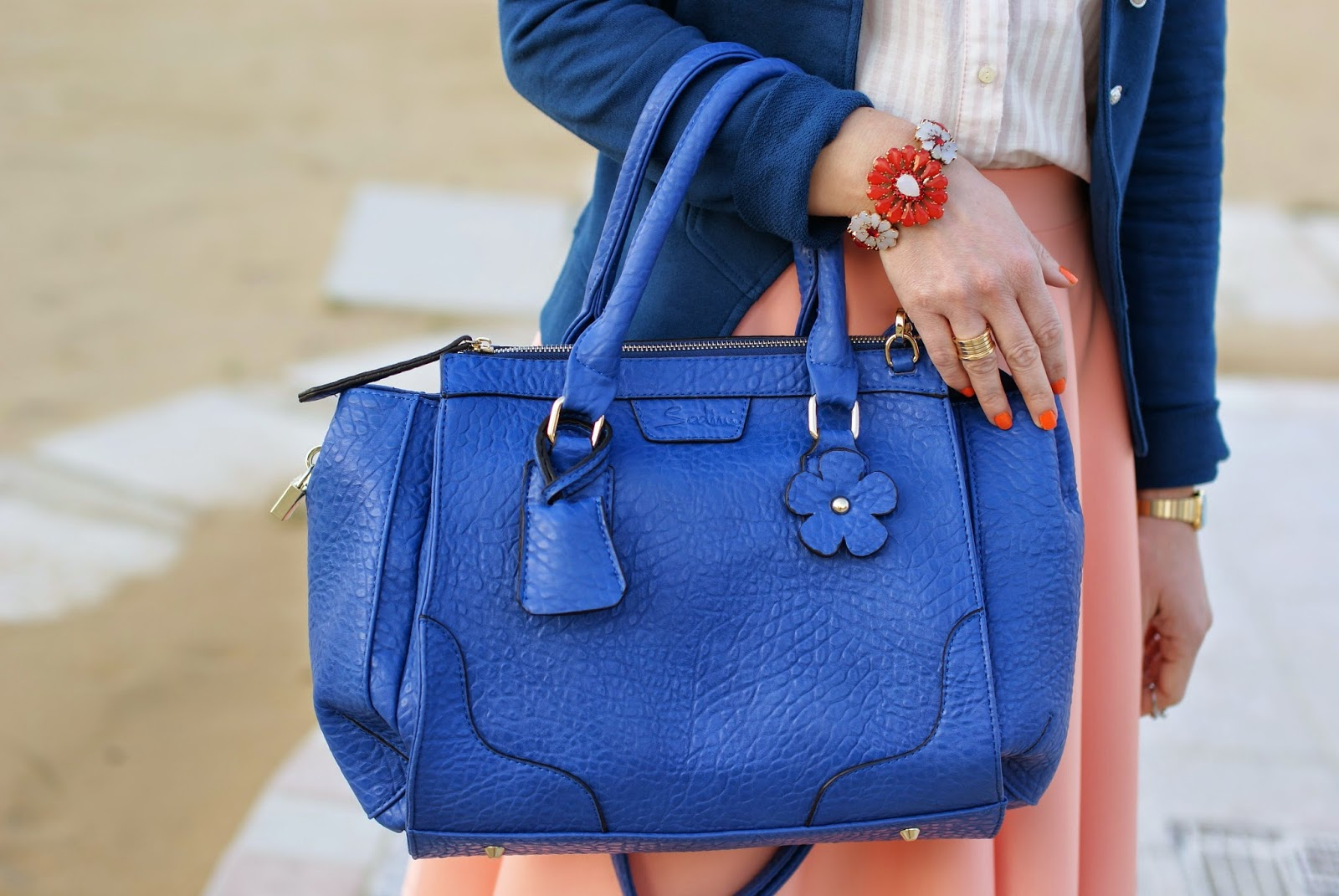 Sodini bijoux Spring Summer 2014, Sodini IT's bag bauletto blu, Fashion and Cookies, fashion blogger