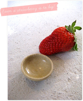 Tiny yellow bowl and strawberry  - nop!!