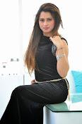 Farah khan glamorous photos-thumbnail-5