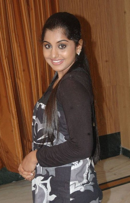 meera nandan photo gallery