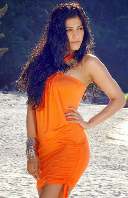 Shruti Hassan In Orange Dress