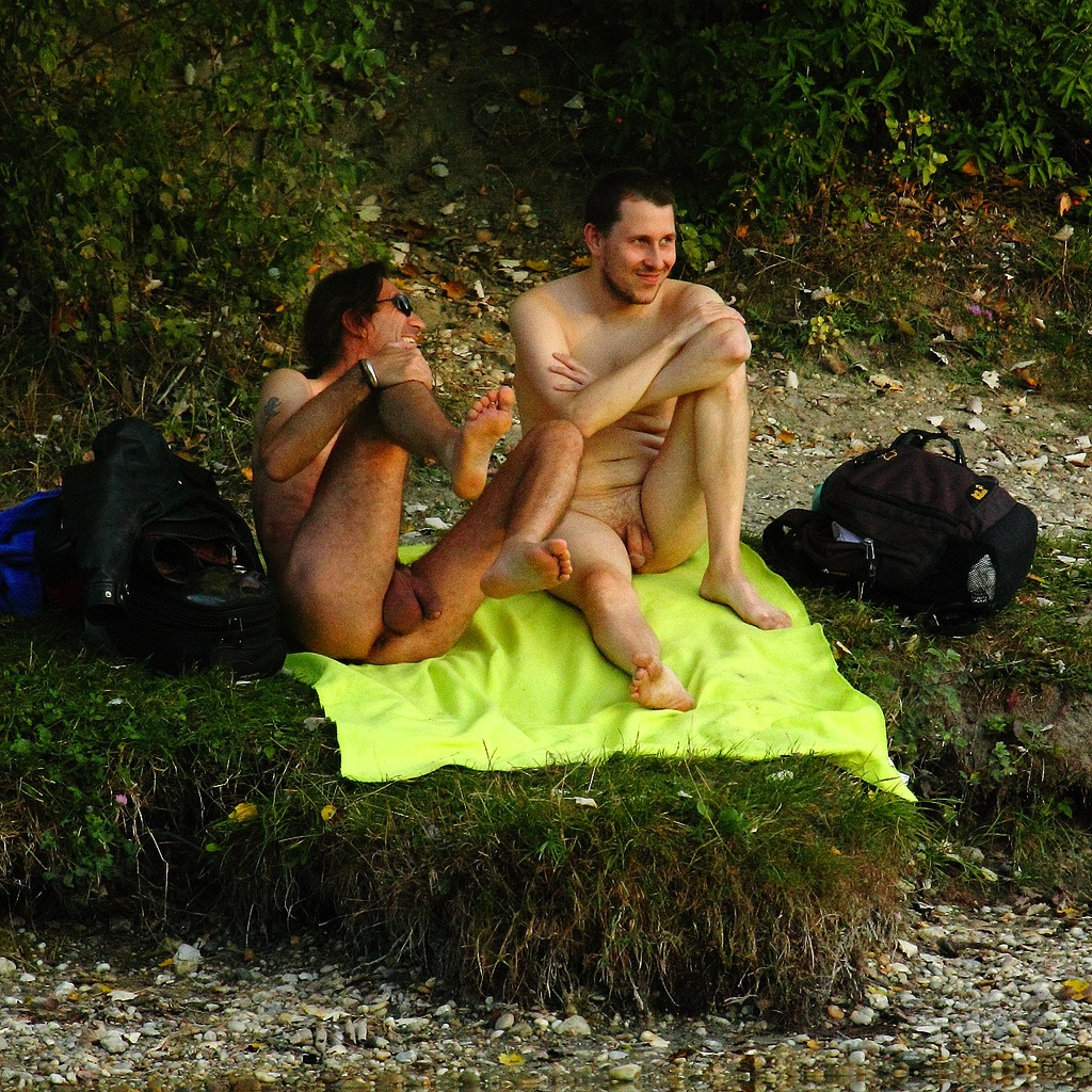 The great outdoors is even greater when you're nude | Nude ...