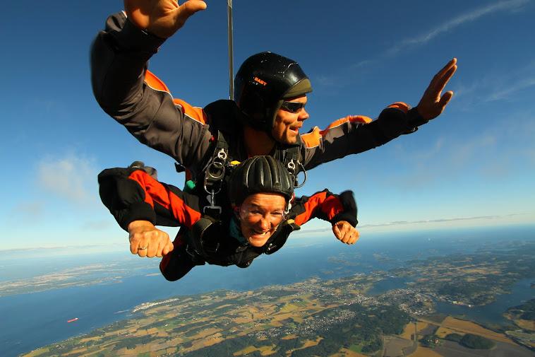 Fallskjermhopping