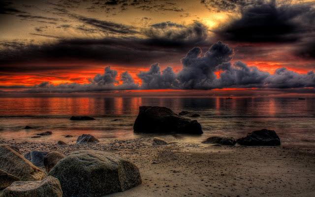 Nubes y Rocas Grosse Point Beash Illinois Imagenes de Hermosos Paisajes HDR de Playas