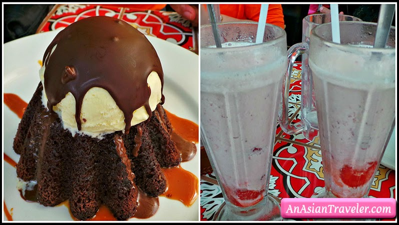 molten chocolate cake and strawberry smoothie