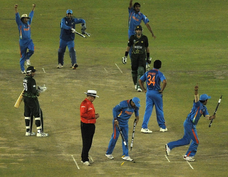 Pics | India vs. Pakistan funny photos | Semifinal photos of India ...