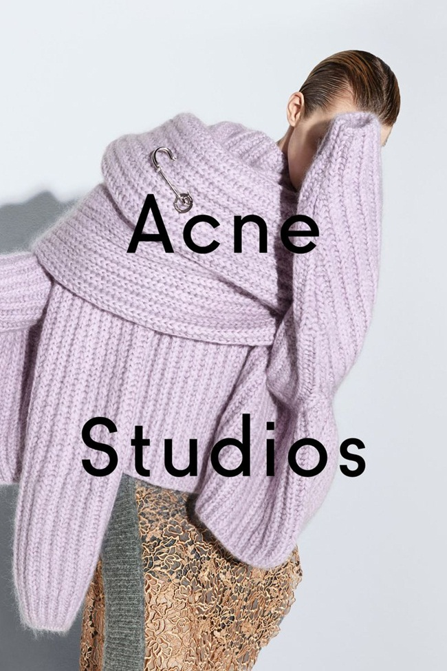 Acne Studios Pre-Fall 2015 Baylay Cozy Knit Turtleneck Sweater In A Wool & Mohair Blend Editorials