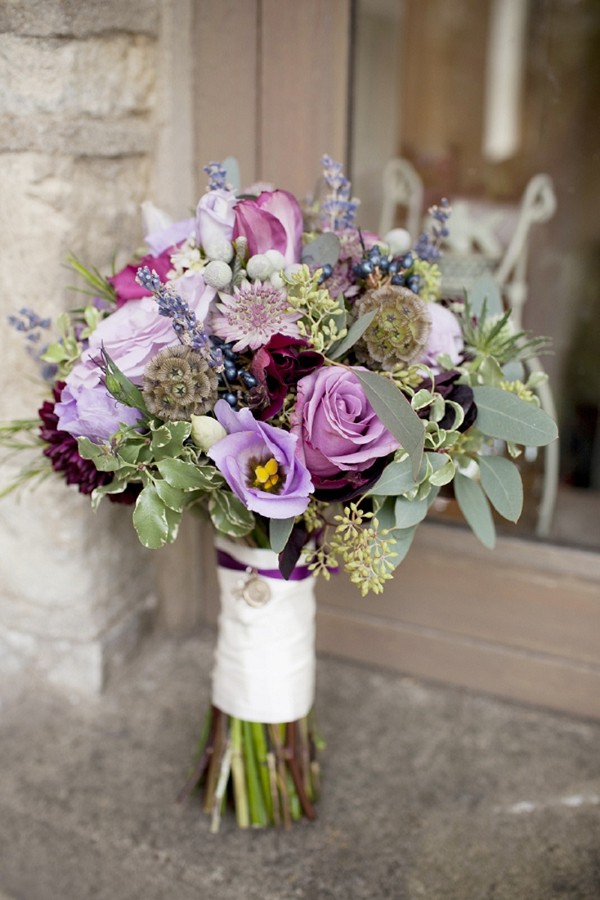 Chic dress uk autumn wedding flowers ideas for Bridal flower bouquets ideas