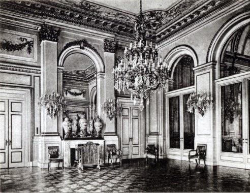 Royalement blog palais royal de bruxelles le salon du for Salon du tourisme belgique