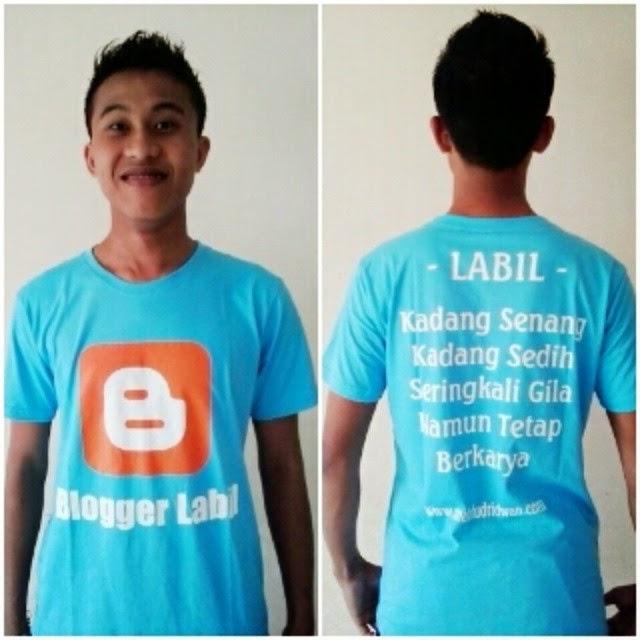 Giveaway Kaos Blogger Labil Mahfud Ridwan