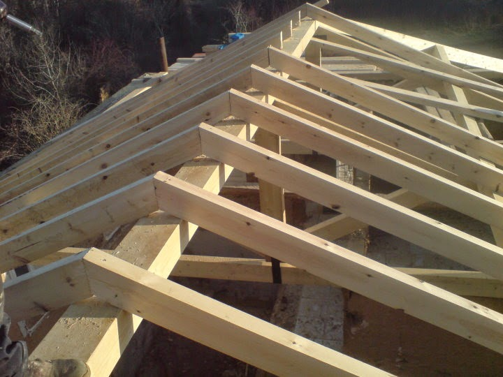Estructuras de madera cutecma for Tejados de madera y teja