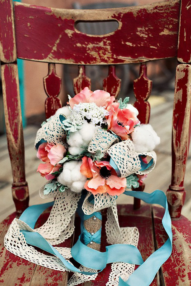 Vintage inspired bouquets have been a top wedding trend this year