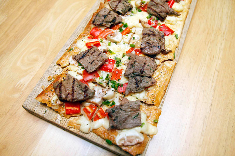 Tony Roma's Steak and Mushroom Flatbread