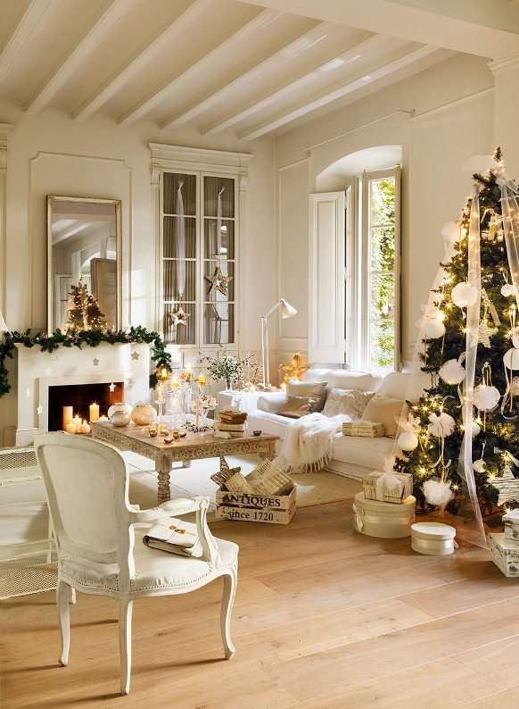 Una casa preciosa vestida de blanco navidad beautiful for Como decorar tu casa nueva