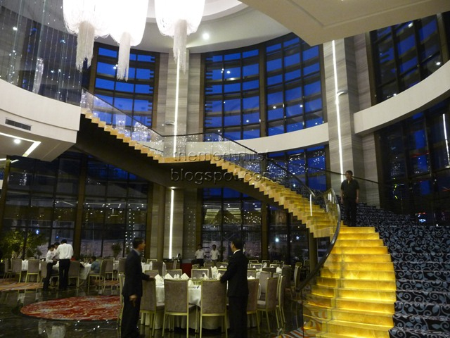 Grand staircase at Gloria Maris Greenhills