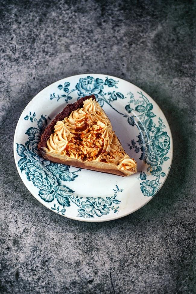 Chocolate & Peanut Butter Mousse Pie supergolden bakes