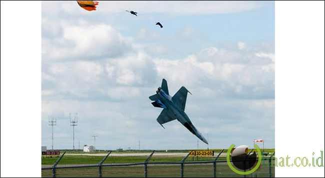 Pilot yang Lolos dari Kematian Hanya Kurang dari 1 Detik