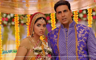 Khiladi 786 - Akshay Kumar, Asin in wedding costumes