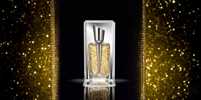This is packaging january 2012 for Miroir thierry mugler