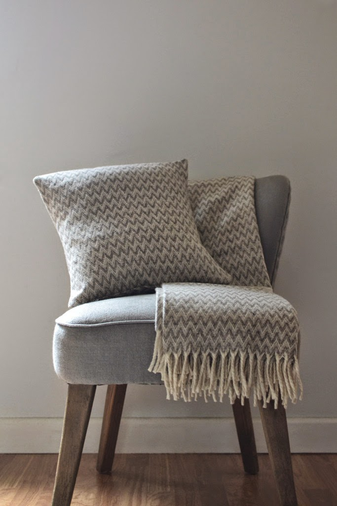 Lambswool Woven Cushion and Blanket Picos