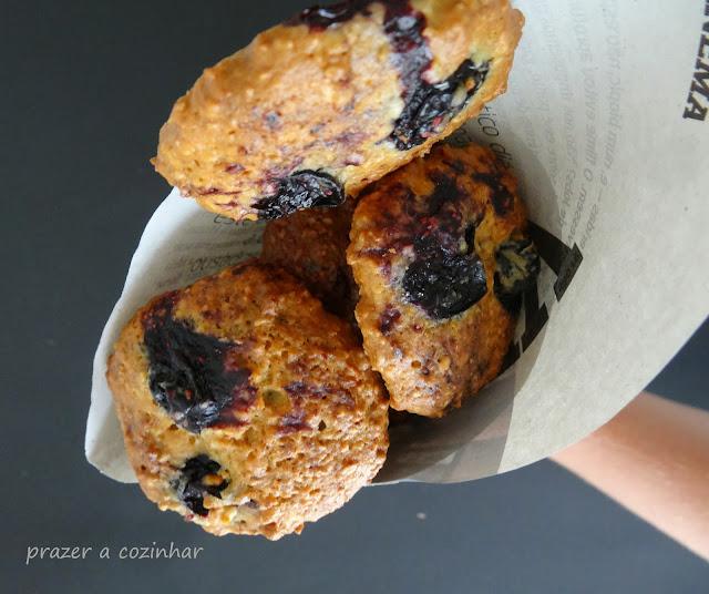 prazer a cozinhar - Cookies de aveia, amêndoa e mirtilos