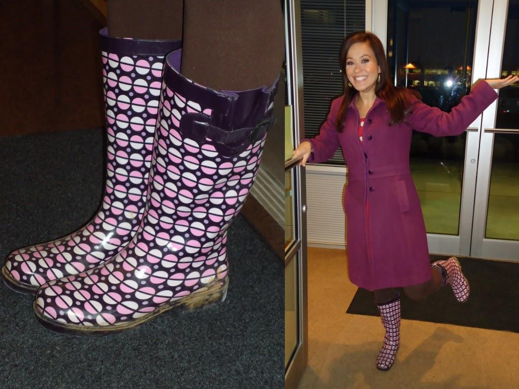 http://1.bp.blogspot.com/-qjZrPF9aWgA/Ta8l3712QxI/AAAAAAAAAQA/yT0ADp_FFKs/s1600/rain+boots.bmp