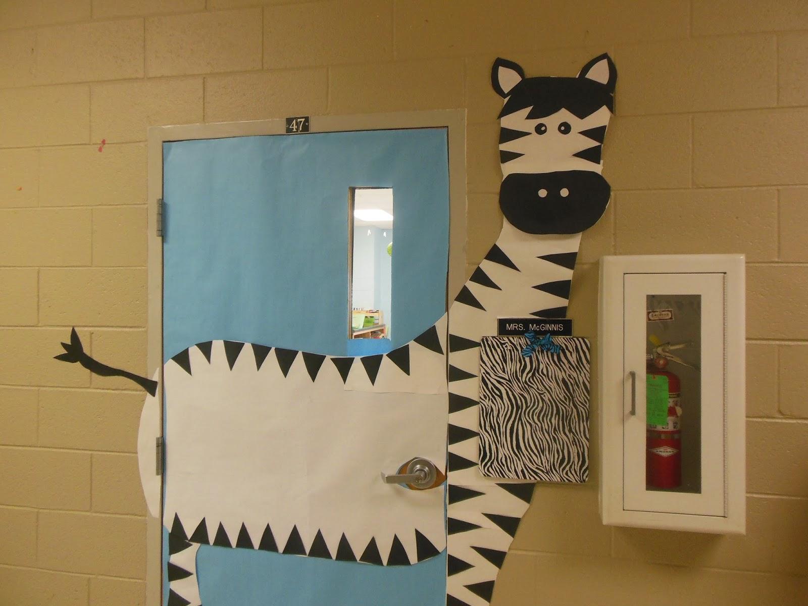& Mrs. McGinnisu0027 Little Zizzers: My Zebra Jungle Decorations pezcame.com