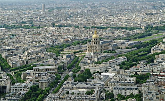 Panorama din Turnul Montparnasse Domul Invalizilor Paris  poze