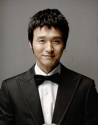 Biodata Lee Sung Jae Pemeran Jo Kwan Woong