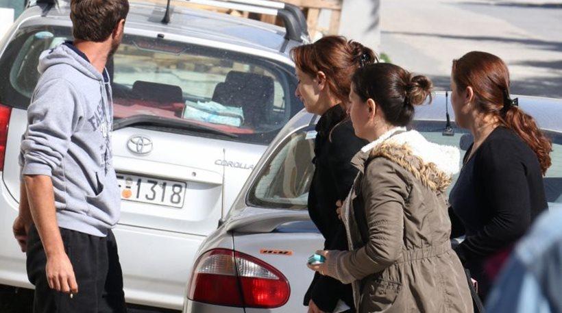 Κρήτη: Η 26χρονη χρήστης ναρκωτικών και οροθετική που δολοφόνησε τον Αλβανό γείτονά της είχε αφεθεί ελεύθερη με περιοριστικούς όρους λίγες ώρες πριν