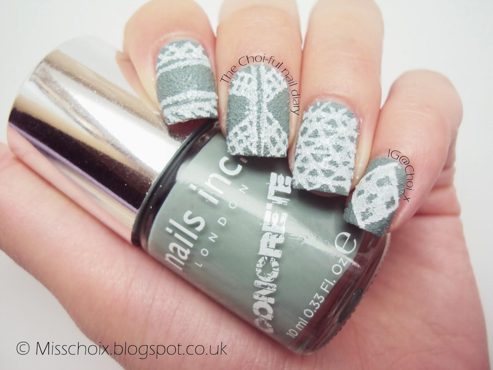 Nails Inc Barbican & some nail art doodling using Barry M - Choi\'s nails