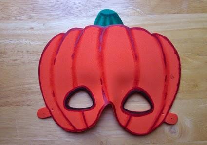Máscara calabaza de goma eva