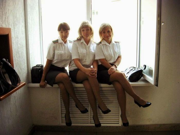 фото в униформе женщины