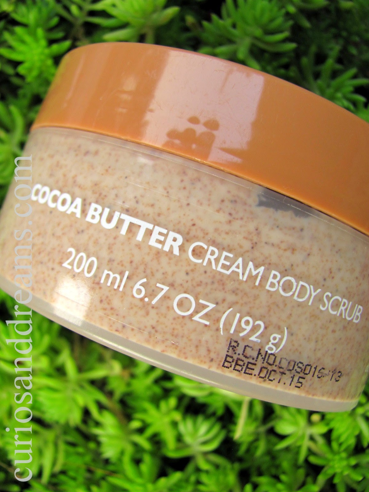 The Body Shop Cocoa Butter Cream Body Scrub Review, TBS Cocoa Butter Cream Body Scrub Review