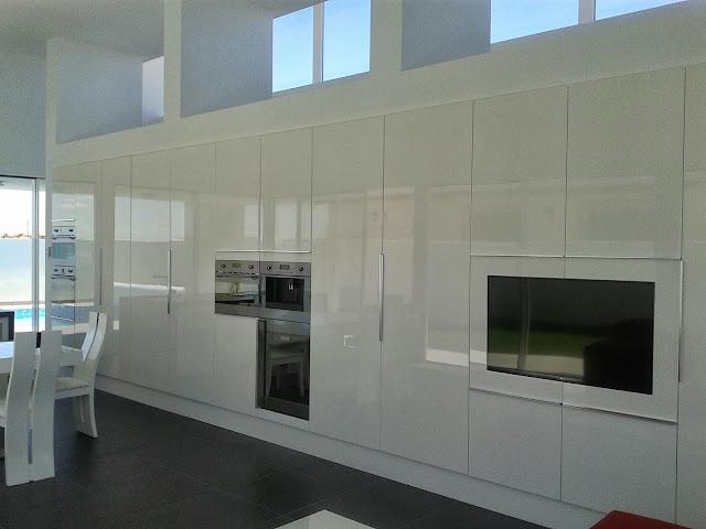 Muebles Logos serie glass lacado alto brillo pulido