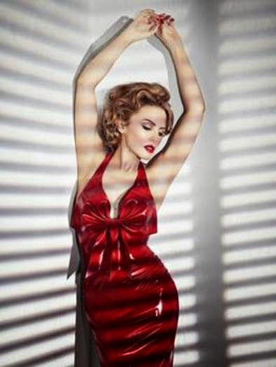 KYLIE-MINOGUE-LUCHA-CONTRA-CANCER