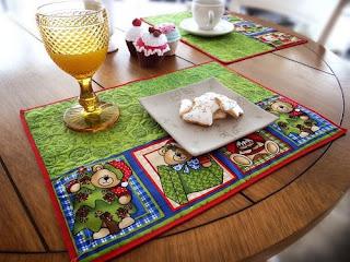 http://www.circulo.com.br/pt/receitas/decoracao-de-natal/jogo-americano-ursos